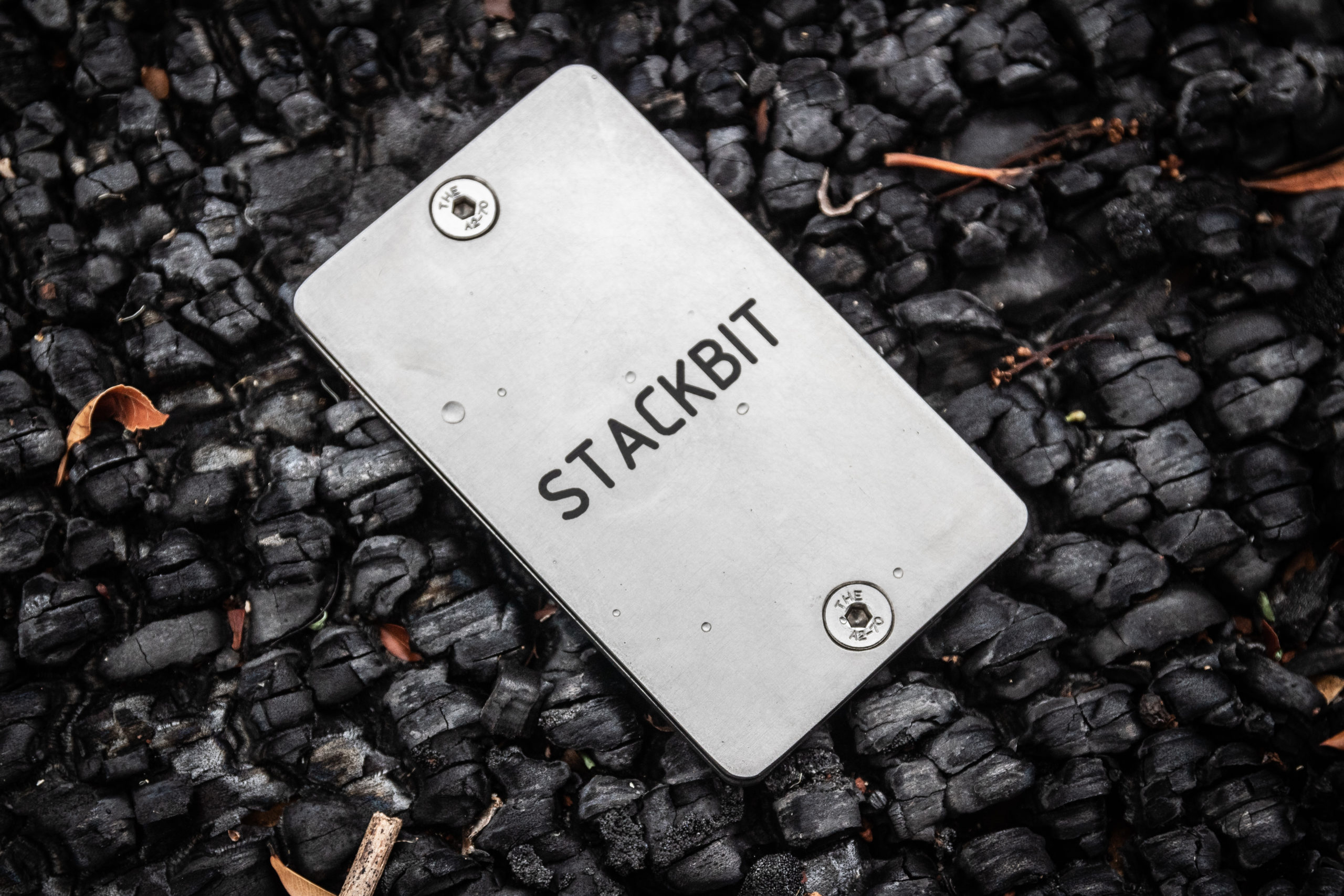 Stackbit bitcoin metalwallet crypto backup seed mnemonic phrase chave privada